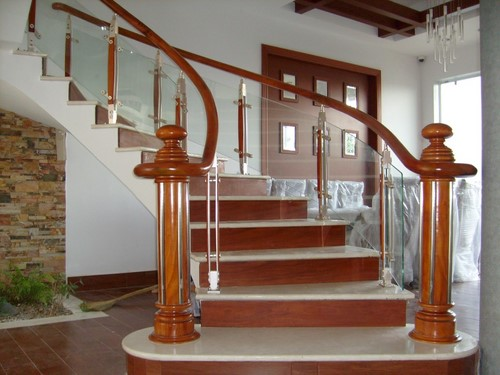 Đặc điểm nổi bật của cầu thang kính 1