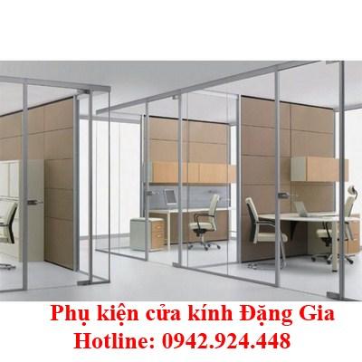 cua-vach-kinh-cuong-luc-11-700x700 (Copy)
