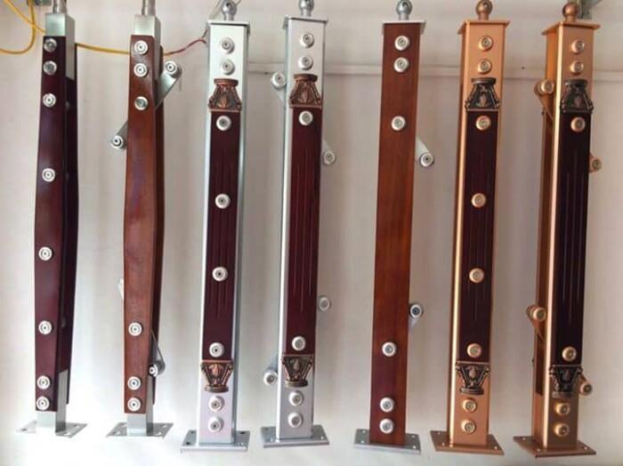 Một số mẫu trụ cầu thang inox 1